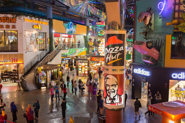 kfc pizza hut banners