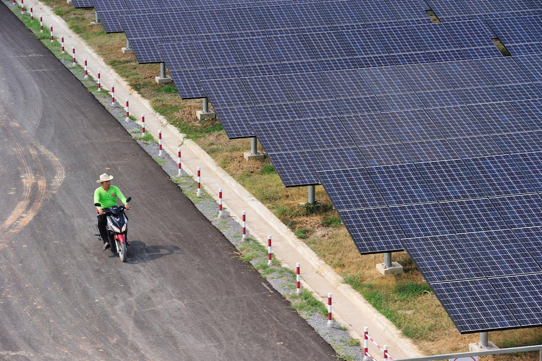 solar panels thailand cyclist