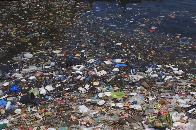 plastic litter ocean malaysia