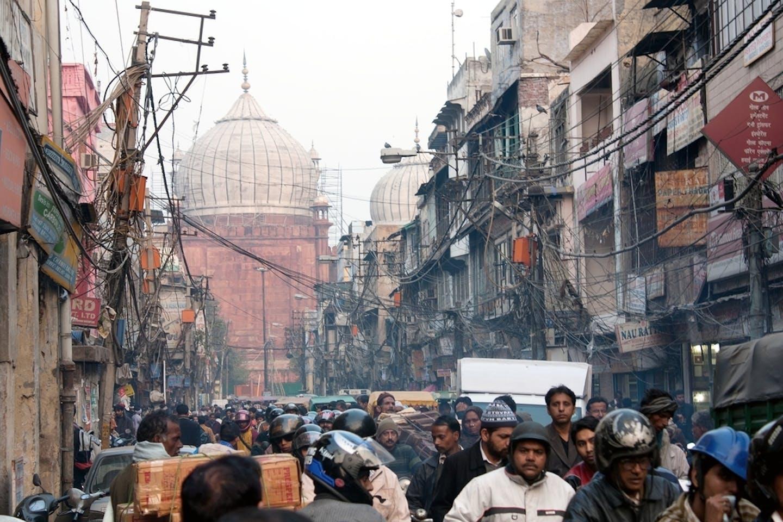 delhi crowded street