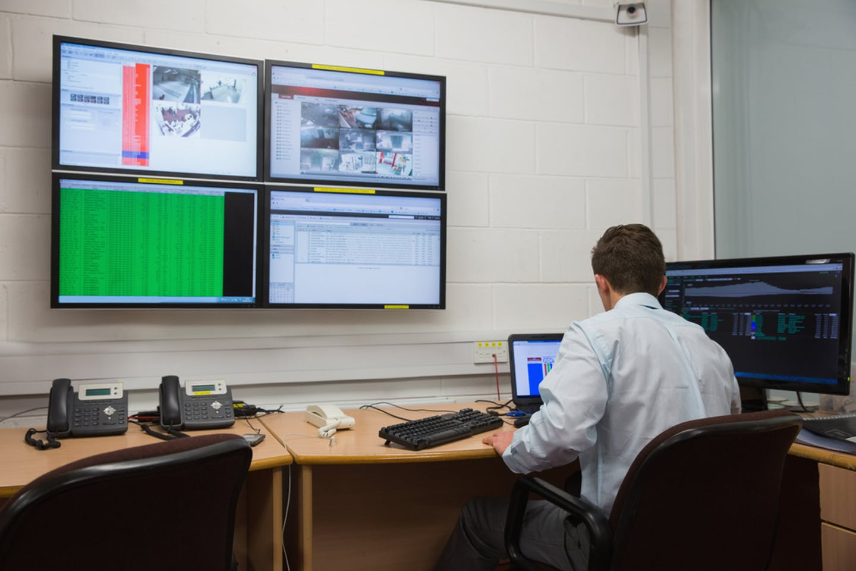 monitoring data centre