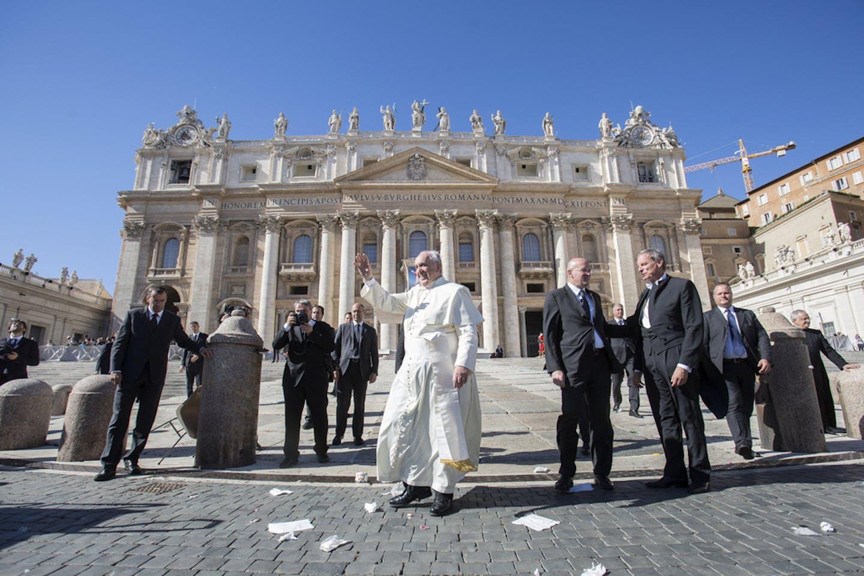 pope francis vatican meet
