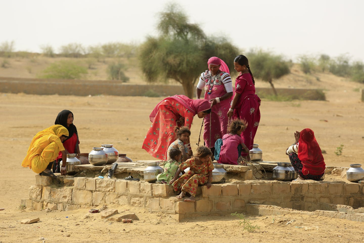 women water jaisalmer