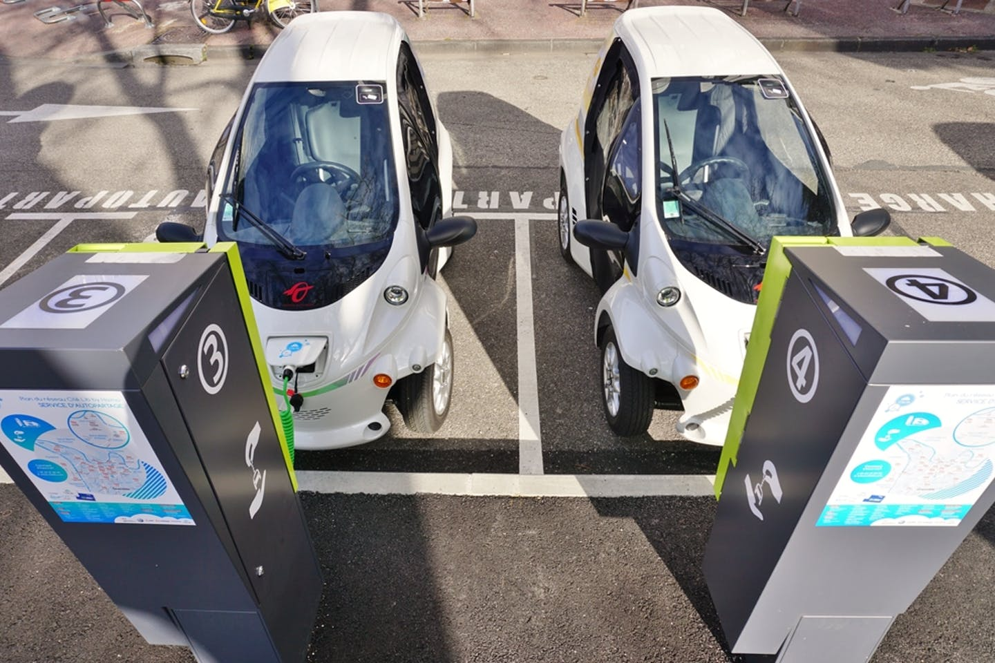shared electric cars grenoble