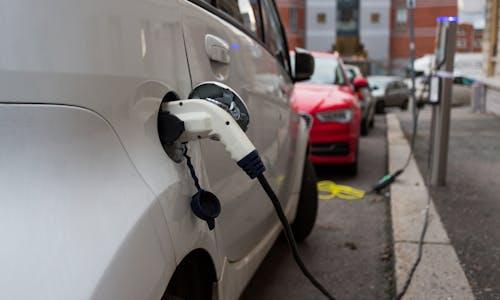 Electric vehicles gain mainstream momentum