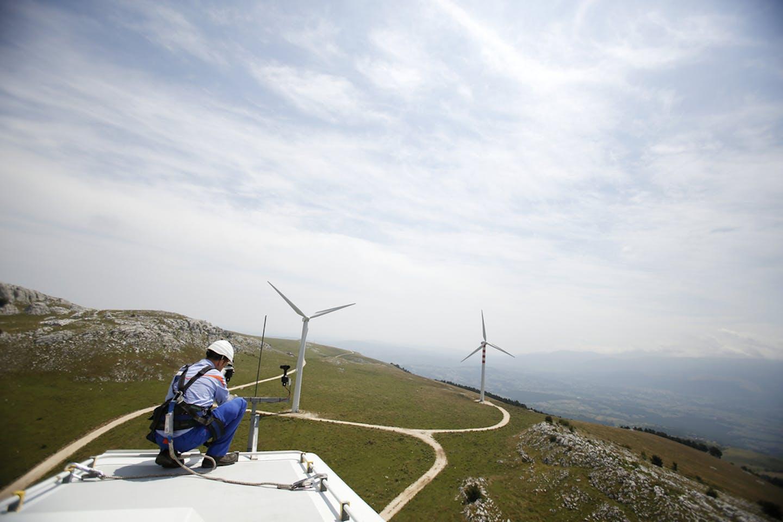 worker wind farm italy