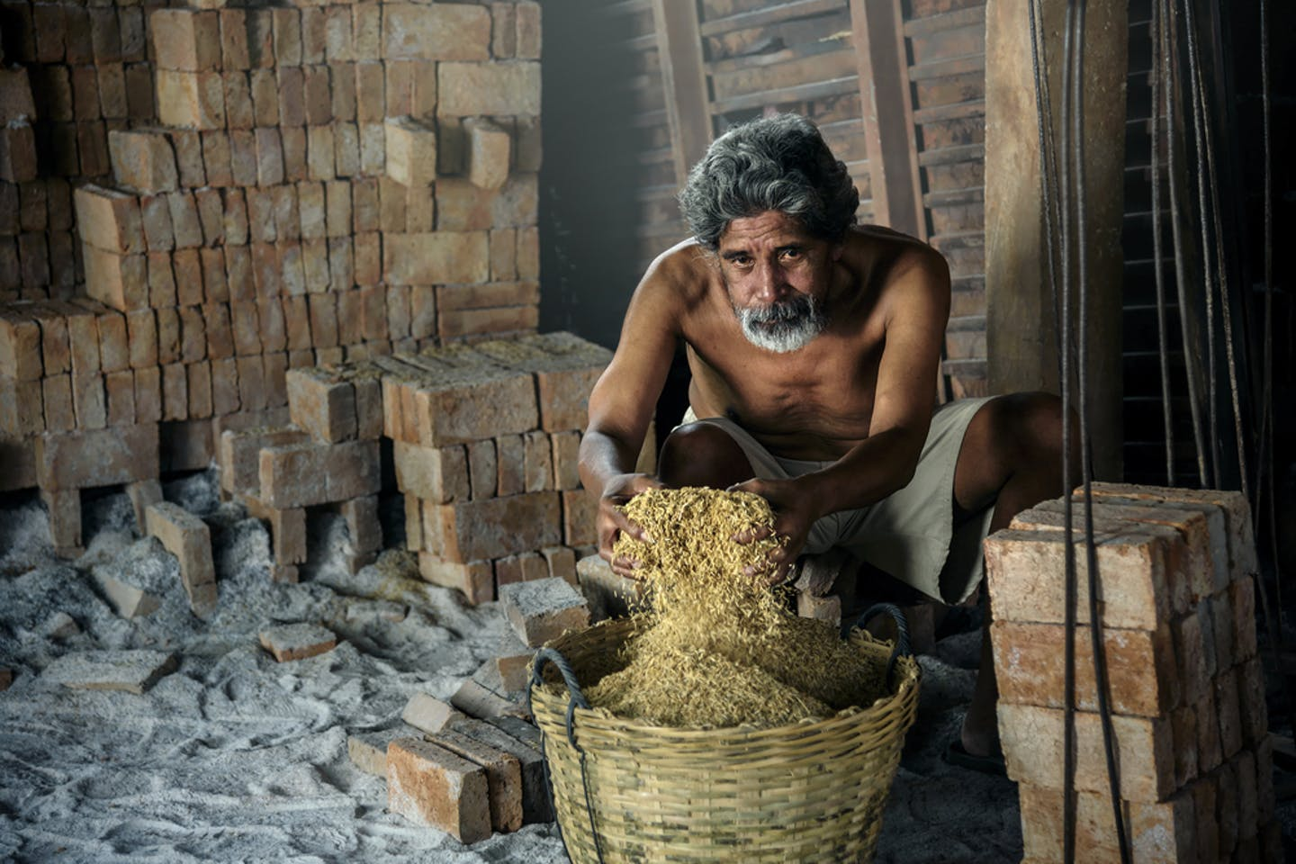 brick kiln worker in india among the poorest