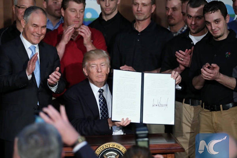Trump signes EO