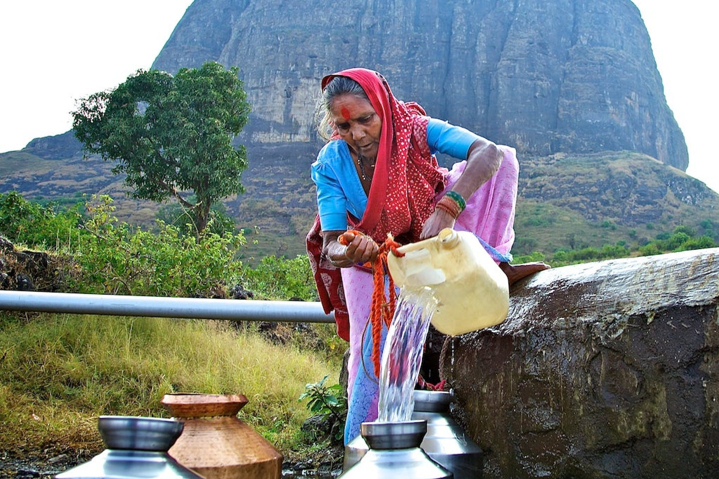lady at the well in Maharashtra