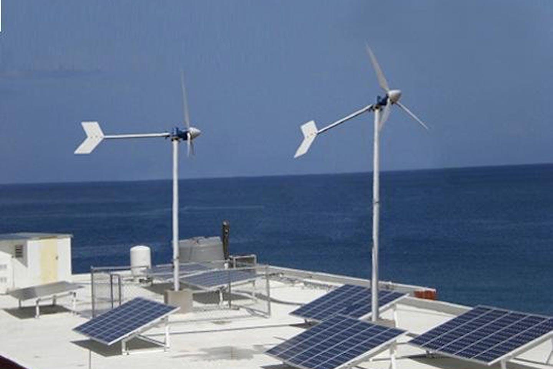 wind_solar_hybrid_system_1300W